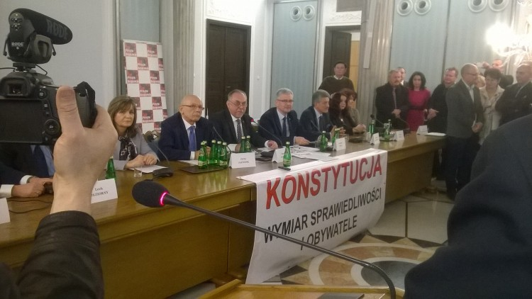 Konferencja Zespołu na rzecz Nowej Konstytucji