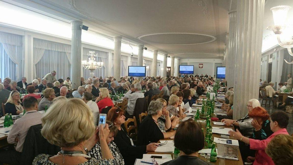 """Konferencja """"Rady Seniorów – partnerstwo z samorządami"""""""
