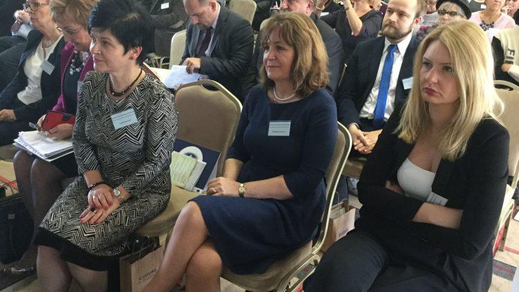 """Ogólnopolska konferencja naukowa pt. """"Uzdrowiska Polskie z nową ofertą zdrowotną dla seniora"""""""