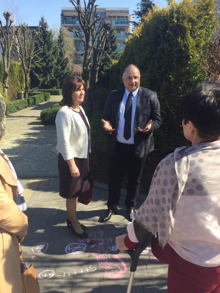 Wizytacja Sejmowej Komisji Polityki Senioralnej na osiedlu Bażantowo w Katowicach.