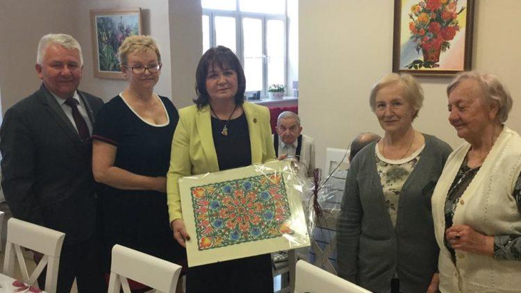 """Wizyta w Domu Dziennym """"Senior Wigor"""" w Błoniu."""
