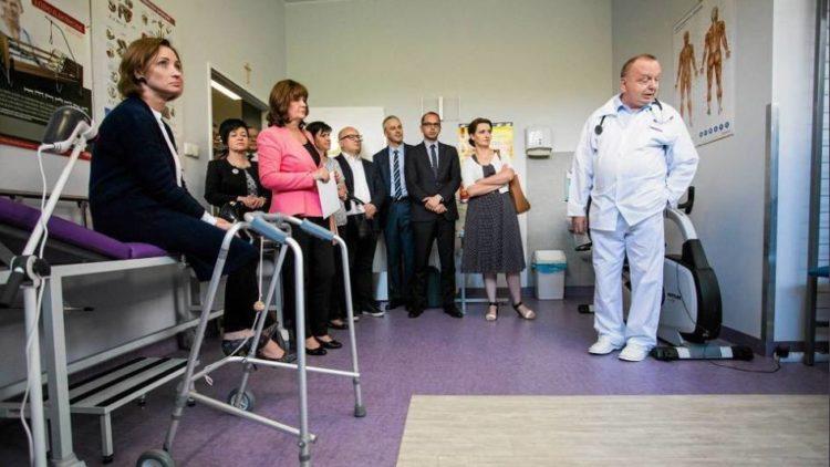 Wizytacja Komisji Polityki Senioralnej Oddziału Geriatrii w Szpitalu Wolskim