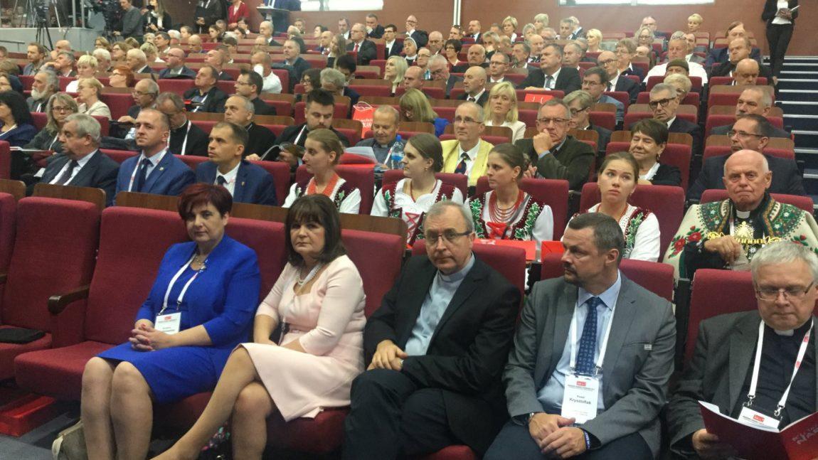 """Konferencja """"Ku trzeźwości narodu. Odpowiedzialność rodziny, Kościoła, państwa i samorządu"""""""