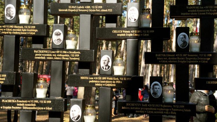 Obchody upamiętniające masową zbrodnię w Piasnicy