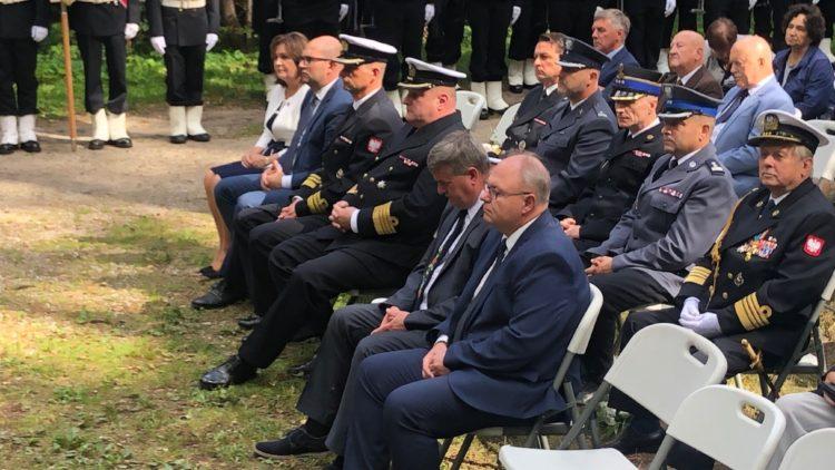 Uroczystość upamiętniająca miejsce walki i spoczynku żołnierzy 1 Morskiego Pułku Strzelców w Białej