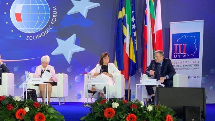 """Debata """"Seniorzy w Europie jutra"""" podczas Forum Ekonomicznego w Krynicy"""