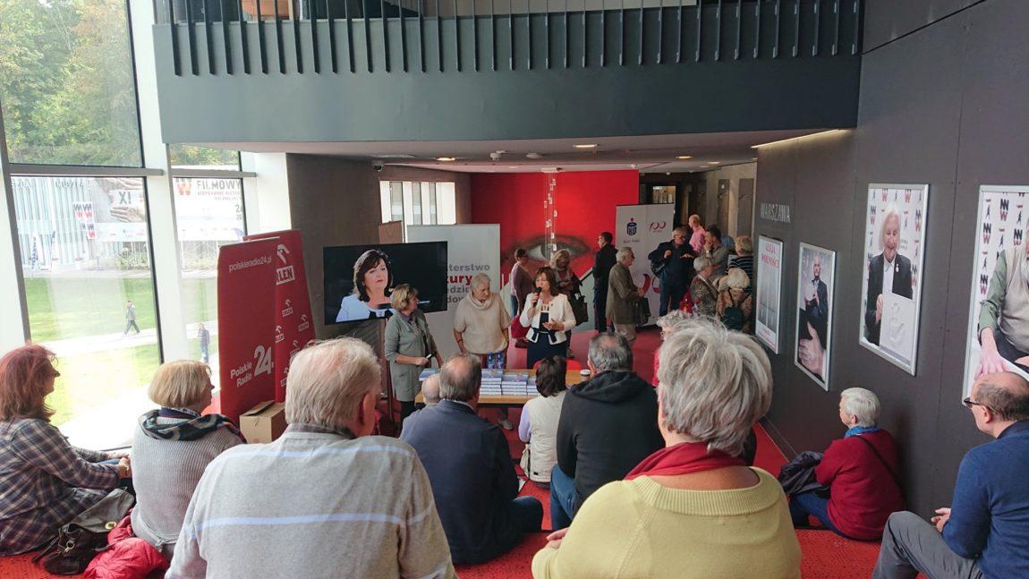"""Prezentacja albumu Małgorzaty Zwiercan """"Ludzie Sierpnia 80 w Gdyni. Kobiety Solidarności"""""""