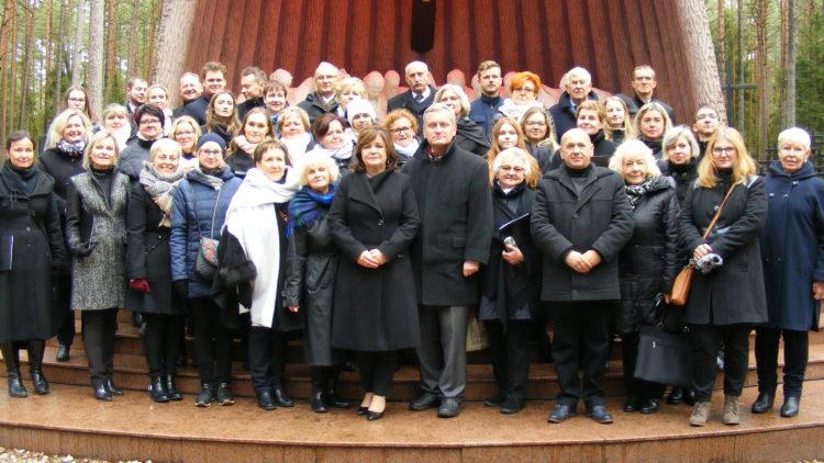 Uroczystość ku czci pomordowanych w Lesie Piaśnickim w latach 1939-1940